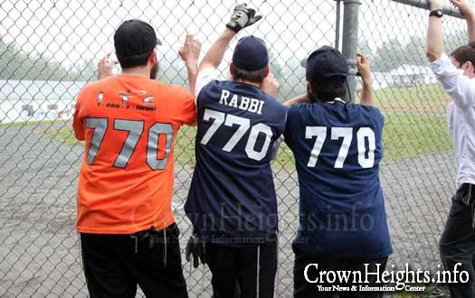 20090809-rabbi-jerseys